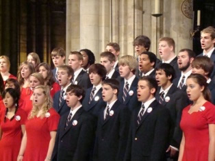 2010 Choir sings in Notre Dame Cathedral, Paris